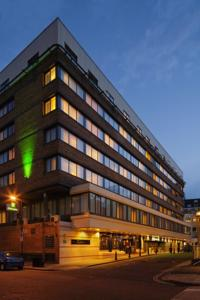 Holiday Inn Bloomsbury Coram Street London external view